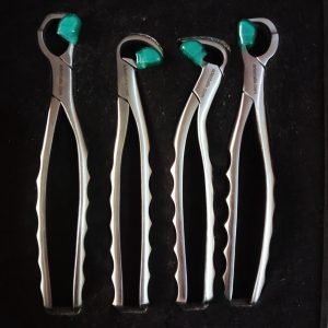 Physics Forceps Kit